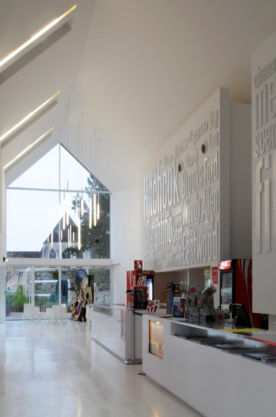 Quatre salles de cinéma à Provins  LIGNE 10 ARCHITECTURE